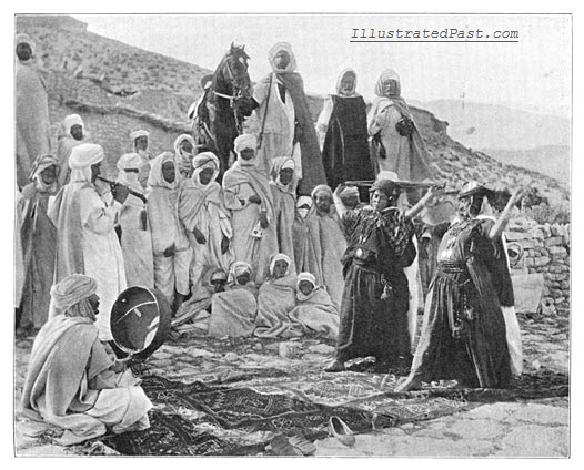 Dancers from the tribe of Oulad-Nayl.