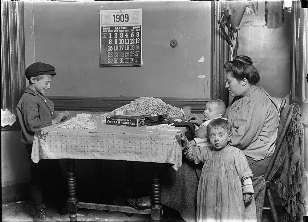 Life in a New York Tenement Apartment